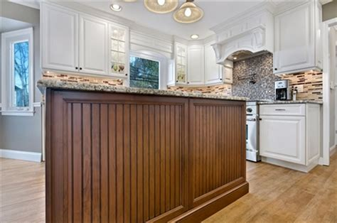 kitchen islands peninsulas design  kitchens  sea