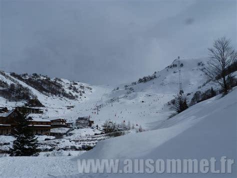 guzet station de ski familiale en ari 232 ge