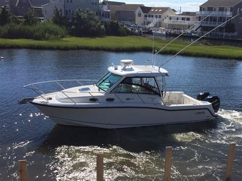 Whaler Fishing Boats by 2014 Used Boston Whaler 315 Conquest Saltwater Fishing