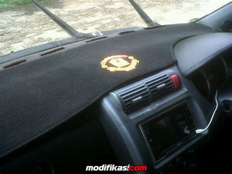 Karpet Dashboard Mobil Avanza cover karpet dashboard mobil