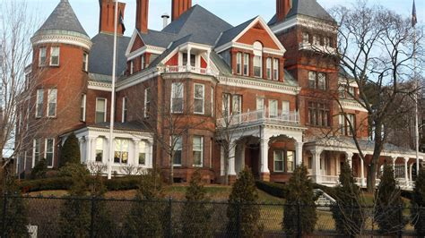cuomo hints  ghosts   governors mansion  albany