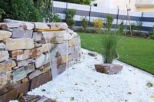 Steinmauer Mit Wasserfall : die besten 25 garten wasserfall ideen auf pinterest outdoor wasserf lle hinterhof wasser ~ Markanthonyermac.com Haus und Dekorationen