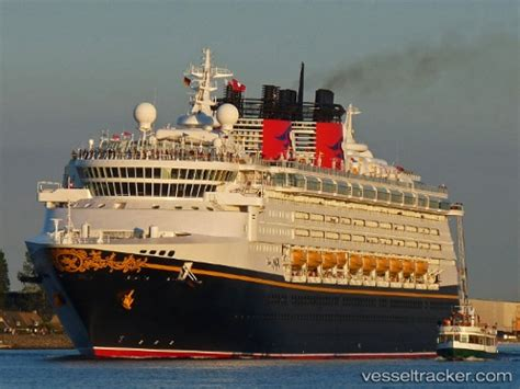 Disney Cruise Ship Tracker | Fitbudha.com