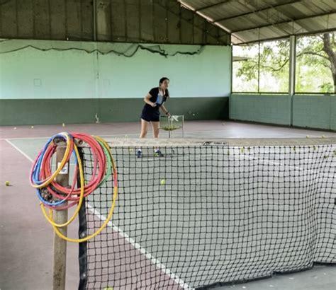 รับสอนเทนนิสที่บางแสน บางพระ ศรีราชา ชลบุรี ในสนามเทนนิสใน ...