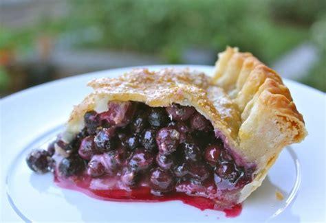 cuisine cagnarde traditional canadian prairie saskatoon berry pie