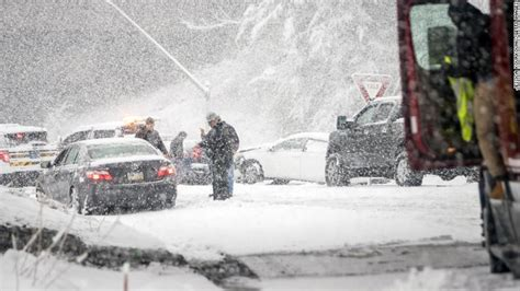 noreaster   week kills  knocks  power