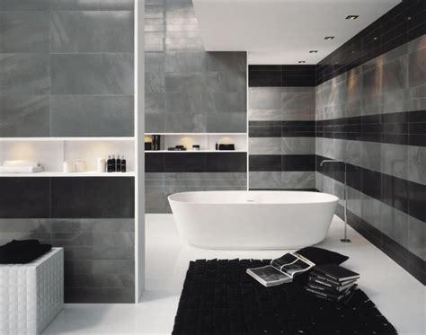 cuisine faillance idée décoration salle de bain mauve