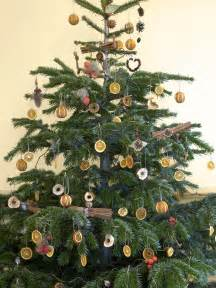 tree decorations easy crafts and decorating gift ideas hgtv
