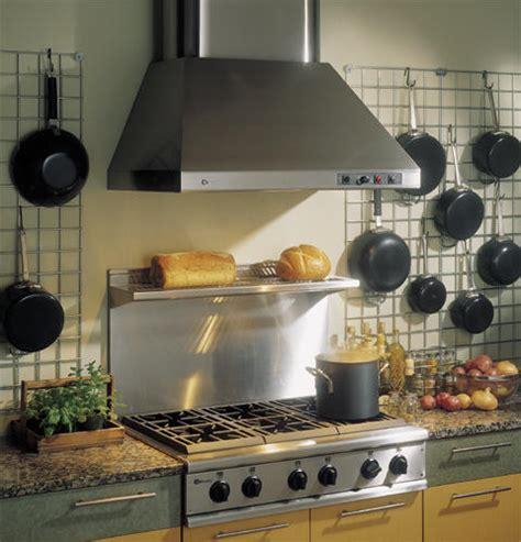 ge monogram  professional gas cooktop   burners  grill natural gas zgunrdss