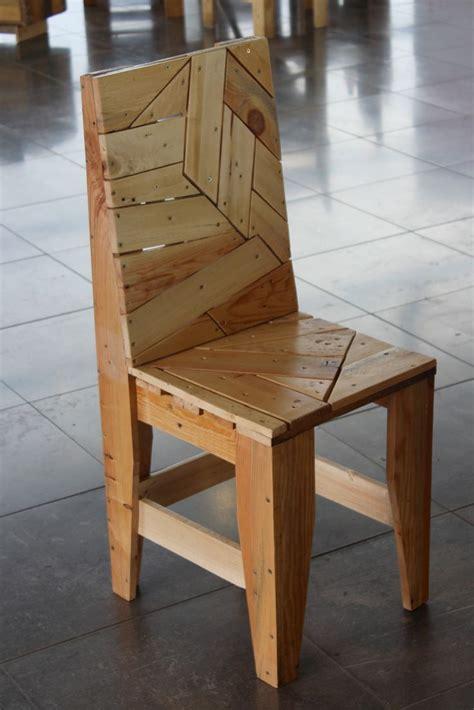 fabriquer chaise chaise design en palettes recyclées les meubles en