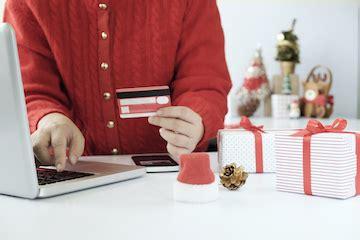 predictions holiday shopping season