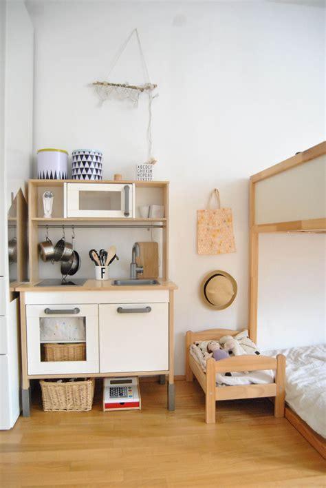 Kinderzimmer Junge Zelt by Kinderzimmer Update Kinder Dormitorio Montessori Ikea
