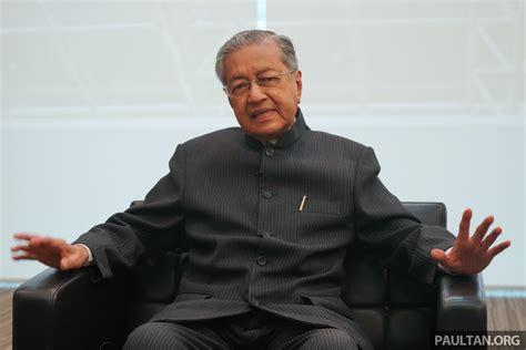 Tun Mahathir Resigns As Proton Chairman Immediately