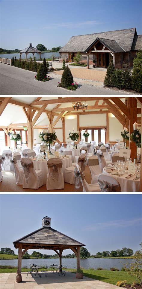 sandhole oak barn wedding venue  cheshire visit www