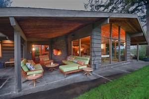 outdoor-covered-patios-Exterior-Midcentury-with-concrete