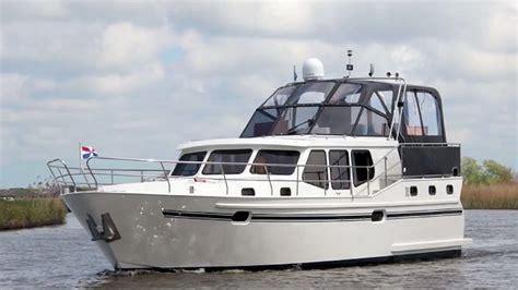 Motorboot Huren by Motorboot Huren De Boot Julia Van Yachts4u Bootverhuur In