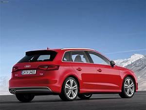 Audi A3 Sportback 2012 : audi a3 sportback 2 0t s line quattro 8v 2012 photos 2048x1536 ~ Medecine-chirurgie-esthetiques.com Avis de Voitures