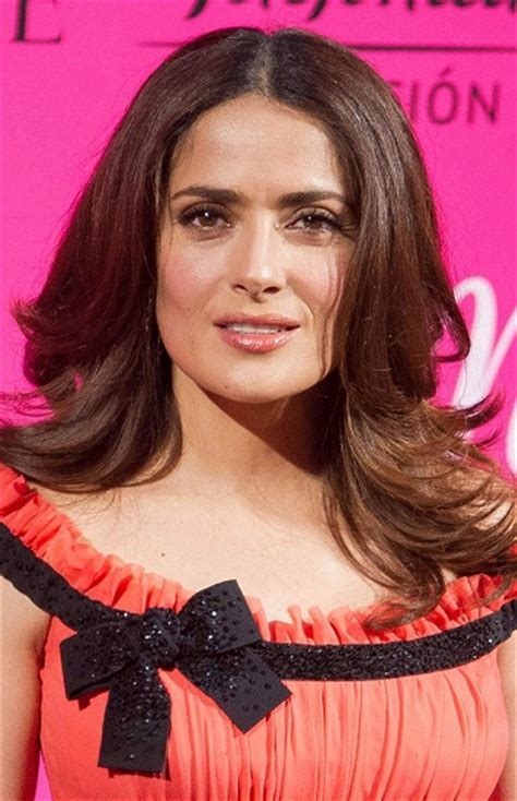 Hairstyles: Salma Hayek ? Long Layered Hairstyle