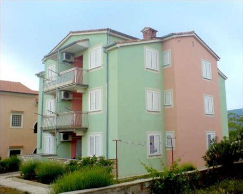Cres Appartamenti by Appartamenti E Alloggi Privati Economici Cres Cres Croazia