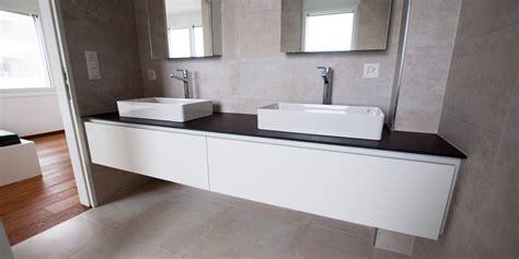 Badmöbel-set Lux New Grau Hochglanz/ Weiß Wandbilder Badezimmer Selber Planen Schränke Einrichten 3d Wandfarbe Für Leichtbauwand Fackelmann Renovieren