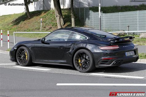 Spy Shots Of The Brand New Porsche 911 2016