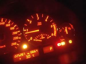 Voyant Esp Allumé : 330cd e46 voyant esp abs pression pneus allumes bmw m canique lectronique forum technique ~ Gottalentnigeria.com Avis de Voitures