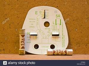 Uk Three Pin Plug Wiring Diagram With 13amp Fuses Stock