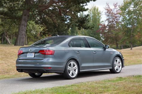 Does A Gti Require Premium Fuel by Does The 2017 Vw Jetta Need To Use Premium Gas