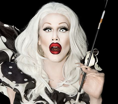Pictures Makeup Tips You Can Learn From Drag Queens Sharon Needles Drag Queen Makeup Tips