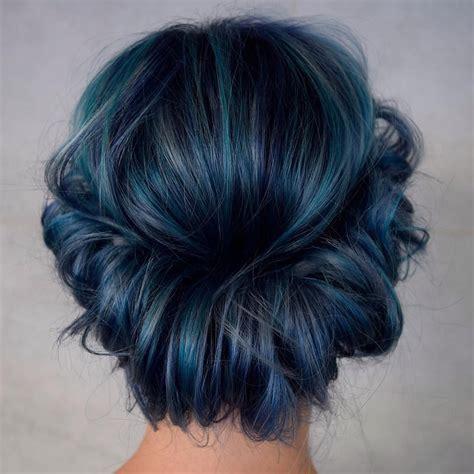 25 Eye Catching Dark Blue Hair Color Ideas — Mystery In