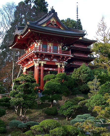 japanese garden temple temple gate in japanese tea garden travel live your dreams as a house sitter at housecarers