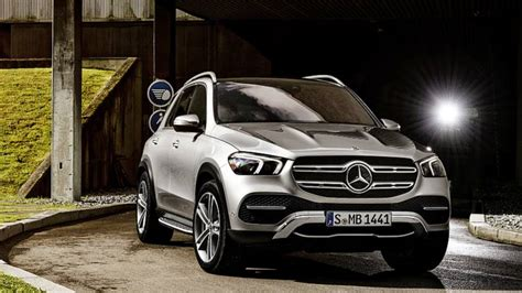 mercedes gle shows  revamped design  official