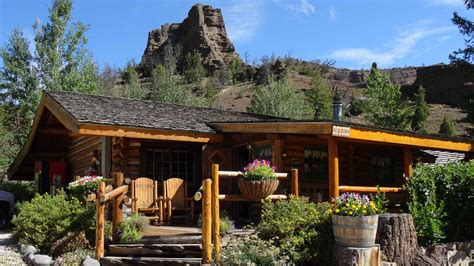 Yellowstone Cabin by Yellowstone Cabins Lodging In Wy Elephant Lodge