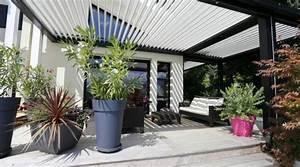 La pergola bioclimatique decoration et fonctionnalite for Decoration de jardin avec des galets 14 la pergola bioclimatique decoration et fonctionnalite
