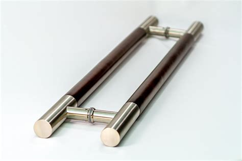 Eisenhower Modern & Contemporary Door Pulls  Handles For