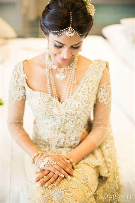 bride   modern touch   hair