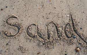 File:Writing in sand, by Mrs Logic.jpg - Wikimedia Commons
