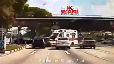 Singapore Ambulance Was Involved In A 3 Car Crash Accident
