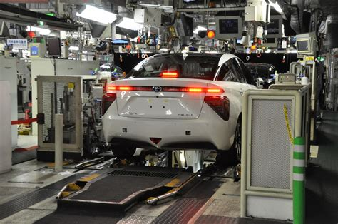toyota on line behind the scenes of toyota mirai production only 3 made
