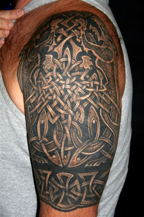 celtic knot tattoos designs ideas  meaning tattoos
