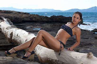 Dominika Bikini Water Legs