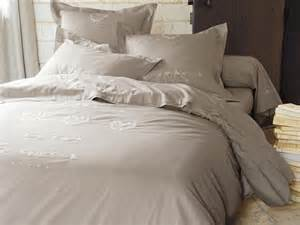 housse couette lit 160x200 parure de lit en soie direct