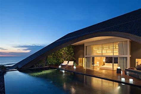 beachfront resort  canggu bali access   pool