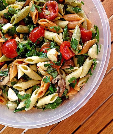 mozzarella nudel salat rezept mit bild von uschi