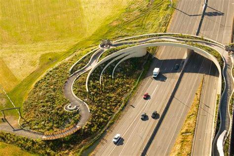 amazing  elegant vancouver land bridge