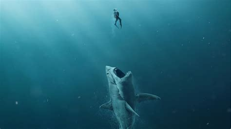 """the Meg"" Trailer Reveals The Largest Predator Of All Time"