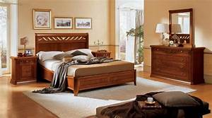 Classic and elegant toscana bed design for bedroom for Classic bedroom furniture design