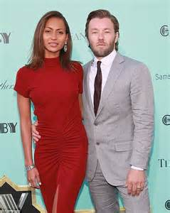 wedding ring set for him and joel edgerton promotes new got a gun daily mail