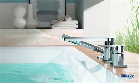 montre de cuisine design robinet baignoire