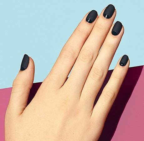 matt schwarze nägel matt schwarze fingern 228 gel